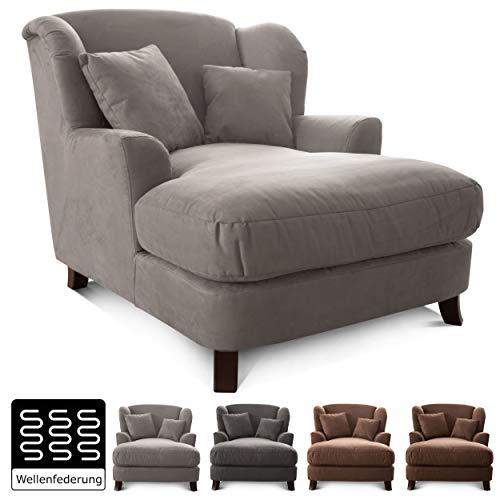 Cavadore XXL-Sessel Assado / Großer Polstersessel mit Holzfüßen und großer Sitzfläche / Inkl. 2 Zierkissen / 109 x 104 x…